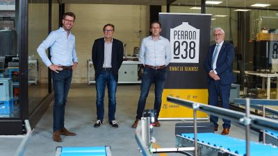 Robertpack and Perron038 sign partner agreement